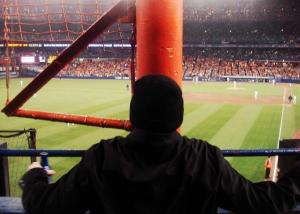 behind-the-foul-pole1