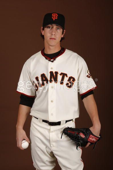 Giants' Lincecum wins second straight Cy Young « Between the Foul ...